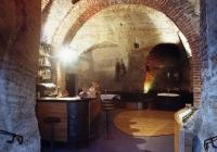 vinárna Peklo